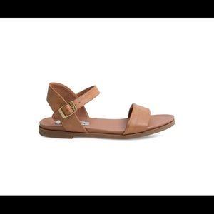 Steve Madden Daelyn Leather Sandals